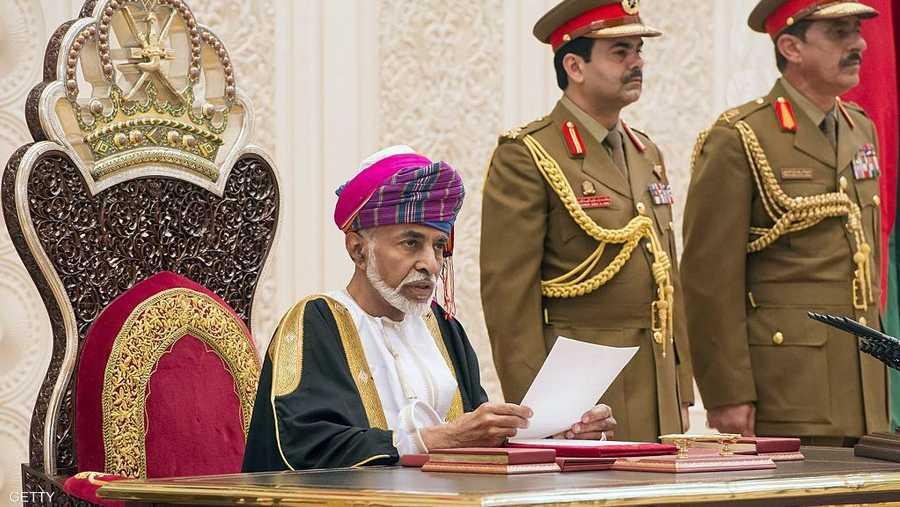 اهتم السلطان قابوس منذ توليه الحكم في البلاد بتنفيذ مشاريع تنموية عديدة