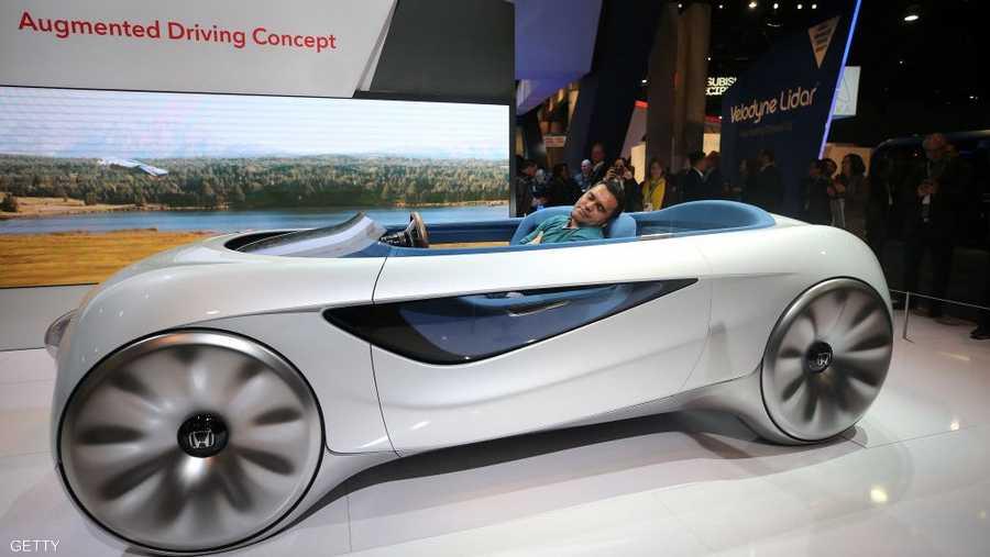 سيارة هوندا ذاتية القيادة تقدم تجربة القيادة المعزز، وتسمح للسائقين أيضا بالتحكم عند رغبتهم بذلك