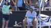 طلب غريب من لاعب تنس لفتاة الكرات.. والحكم يتدخل
