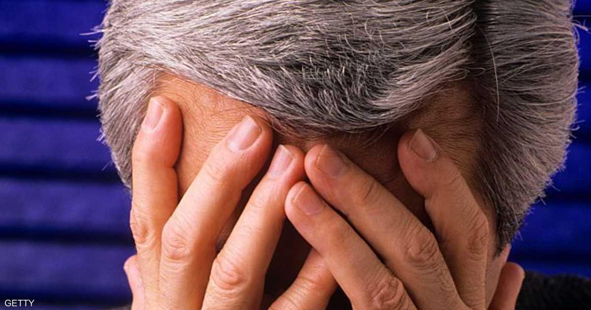الشعر الأبيض والتوتر.. علماء يفسرون العلاقة
