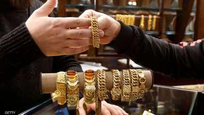 """""""كورونا"""" يرفع الذهب إلى أعلى مستوى في أسبوعين"""