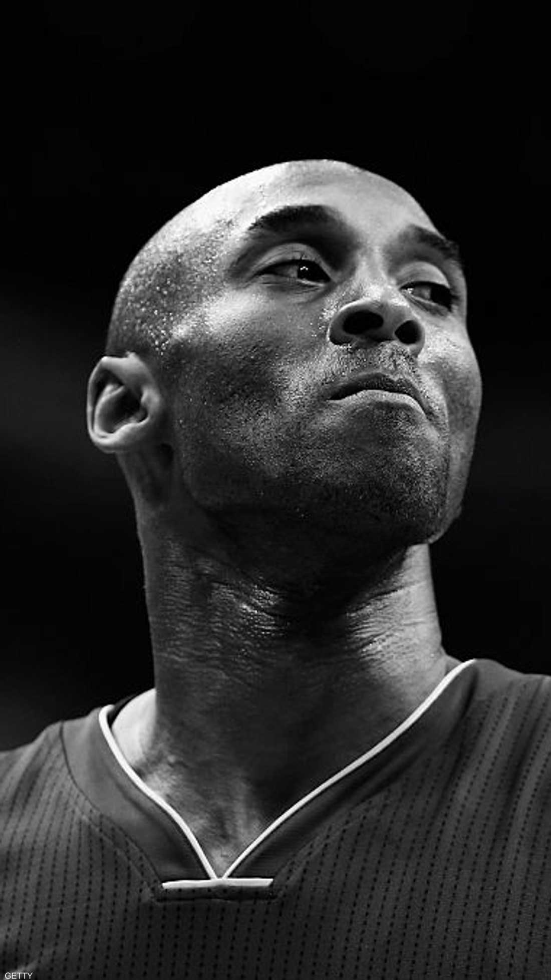 عالم السلة ودع كوبي براينت