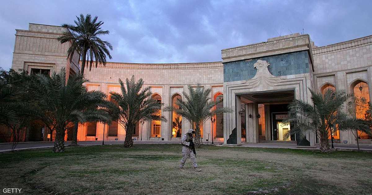 العراق يعلن رفضه القاطع  للعدوان  على السفارة الأميركية   أخبار سكاي نيوز عربية