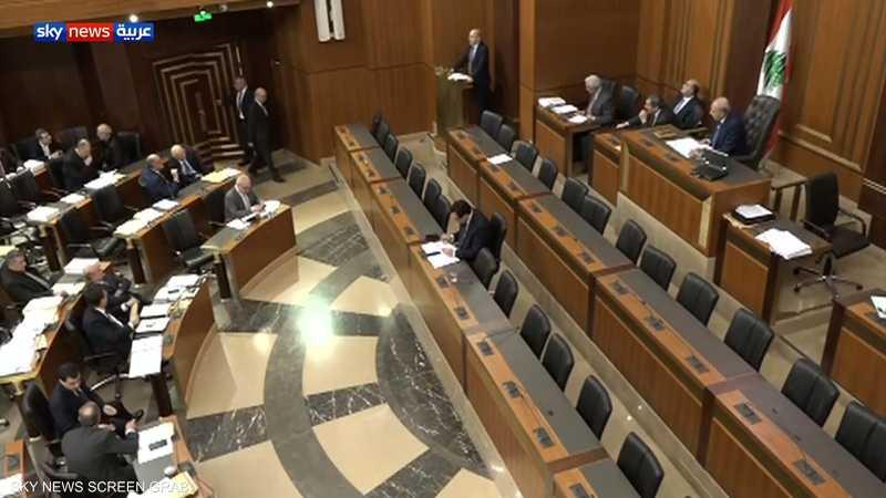لبنان.. البرلمان يقر موازنة 2020 رغم التظاهرات المنددة