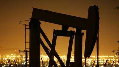 النفط يهوي للأسبوع الخامس