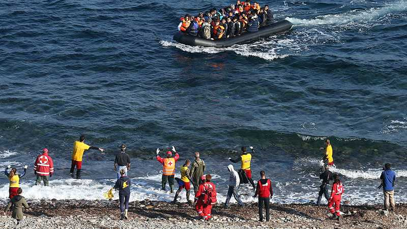 تدفق اللاجئين يثير سخطا في اليونان