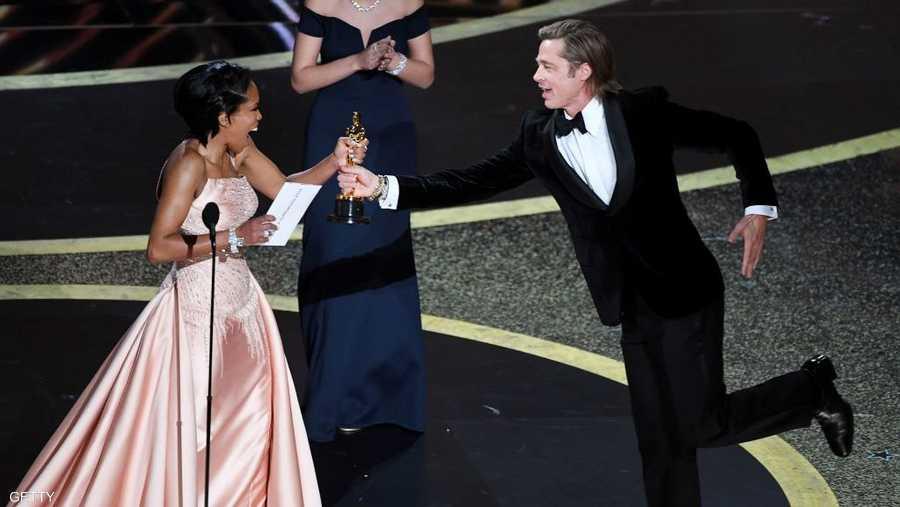 براد بيت جاء راكضا لاستلام جائزة الأوسكار الأولى بحياته