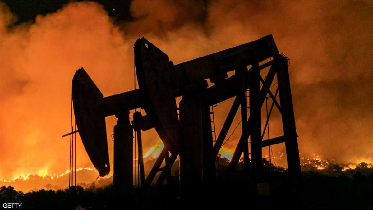 أسعار النفط ترتفع بدعم هبوط المخزونات الأميركية