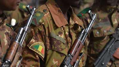 مقتل 8 جنود ماليين في كمين وسط البلاد