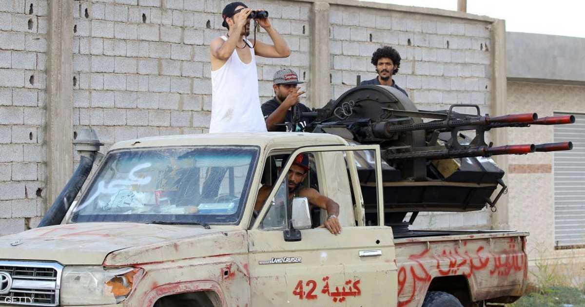 الاتحاد الأوروبي يلمح إلى إرسال قوات برية إلى ليبيا