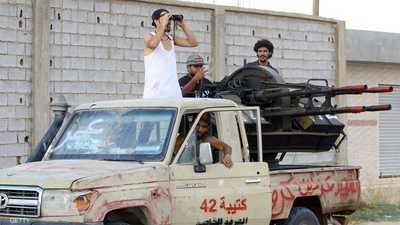 الاتحاد الأوروبي يلمح لإرسال قوات برية إلى ليبيا