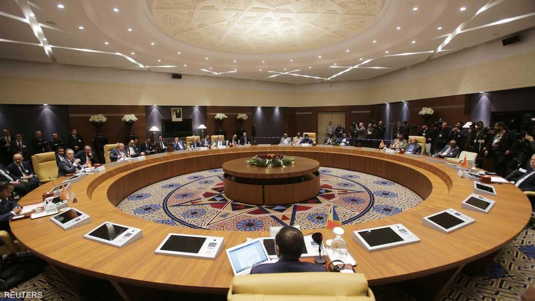 تأتي محادثات جنيف وسط دبلوماسية مكثفة بين القوى العالمية