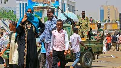 """السودان.. احتجاج بشأن """"الضباط المستبعدين"""" والأمن يتصدى"""