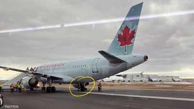 """فيديو لطائرة تفقد إطارها.. وقائدها """"يصر على قراره"""""""