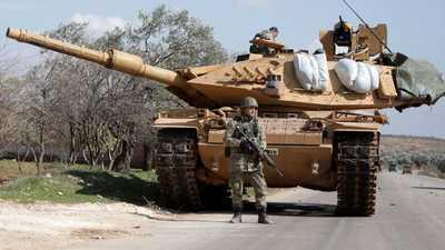 روسيا: تركيا أرسلت عددا كبيرا من المدرعات والذخيرة لإدلب