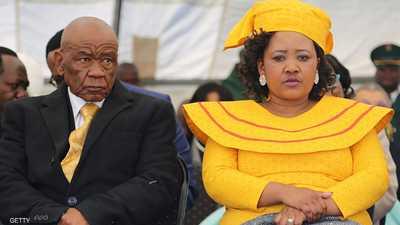 رئيس الوزراء وزوجته.. تطور جديد بجريمة القتل الغامضة
