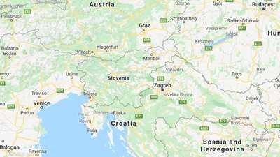 """الهجرة """"وسط الطين"""".. مشهد """"يفطر القلب"""" في سلوفينيا"""