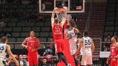 بعد إصابة لاعب بكورونا..وقف منافسات دوري كرة السلة الأميركي