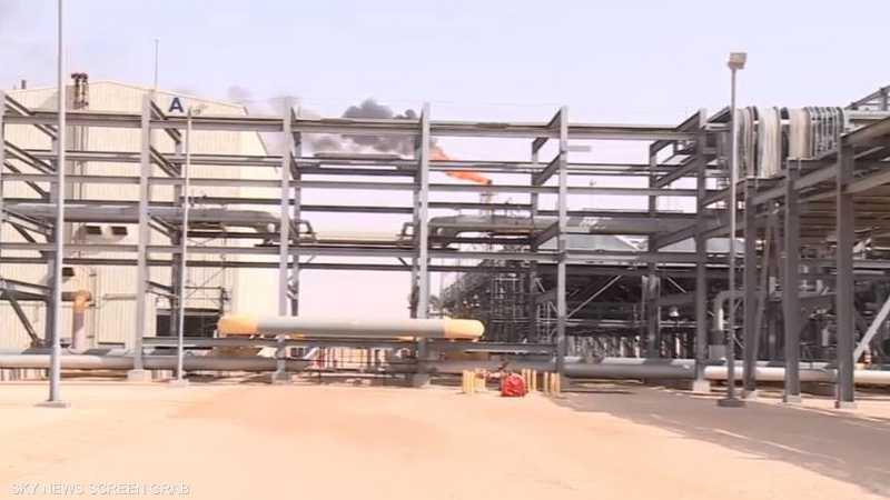 النفط المصدر الأول للدخل في الجزائر
