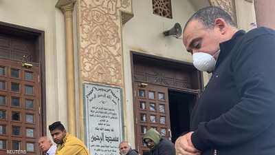 مصر.. تمديد غلق المساجد وتعليق صلوات الجمع والجماعات