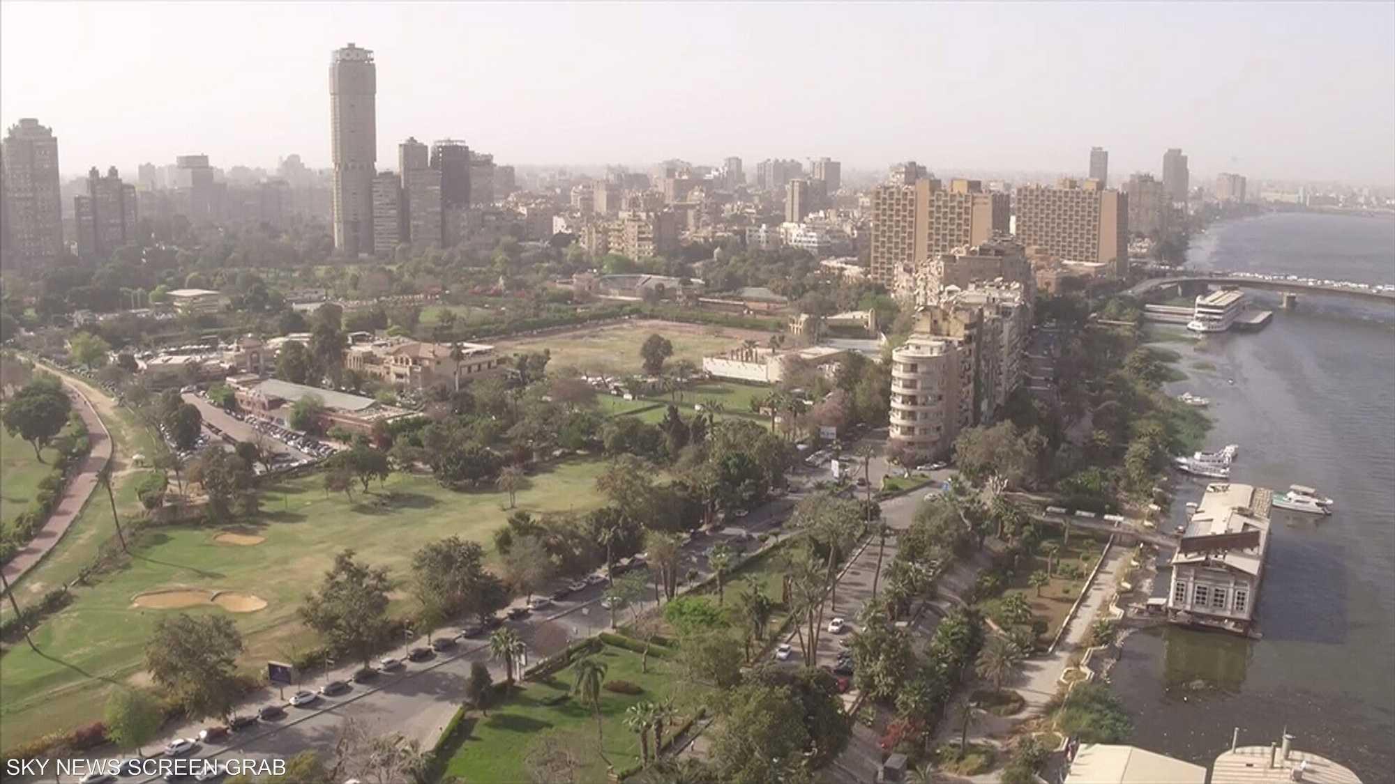 مواجهة كورونا في مصر.. بين الدعم الحكومي والمساندة الشعبية