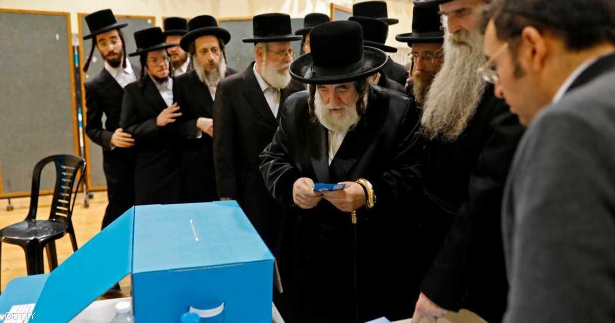 إسرائيل تنتج كمامات تناسب