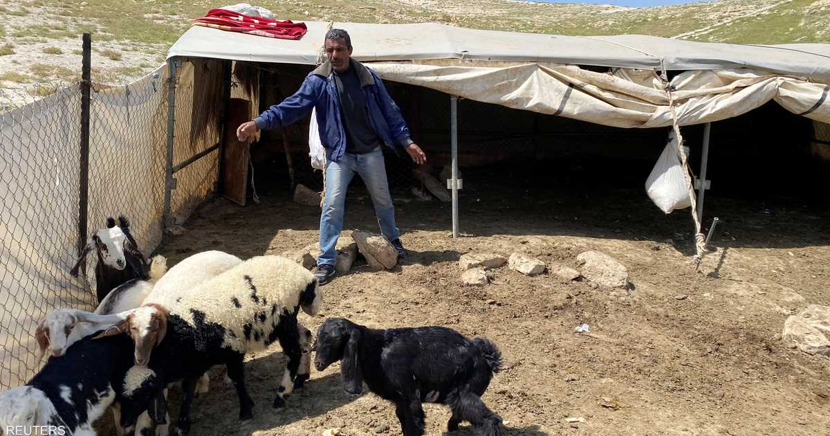 العزلة أو كورونا.. بدو  فلسطين بين خيارين