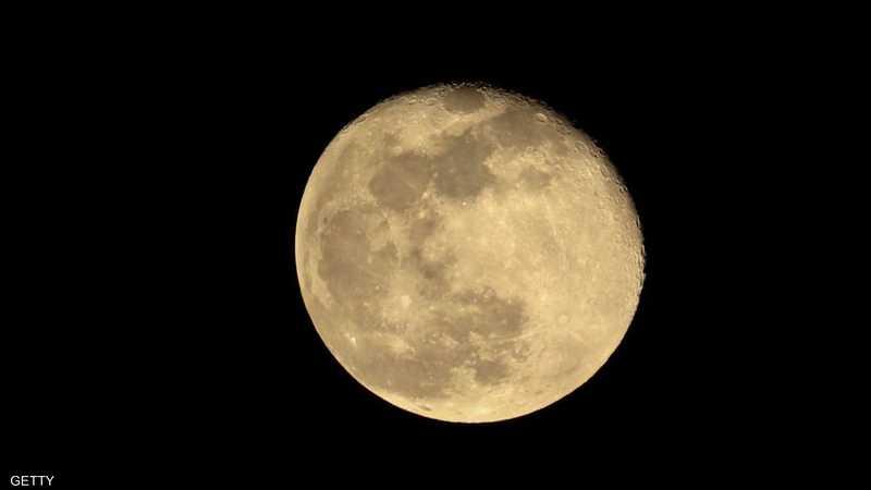 القمر سيصطف مع مجموعة من الكواكب