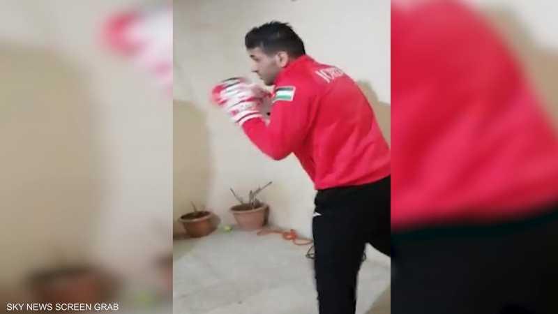الملاكم الأردني عبادة الكسبة يواصل الاستعداد للأولمبياد