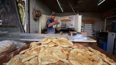 الأردن يحدد موعد عودة القطاع العام للعمل ويقلل ساعات الحظر