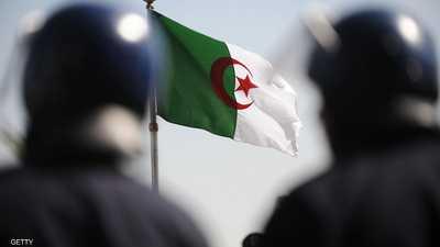 الجيش الجزائري يدمر مخبأ للإرهابيين في قسنطينة