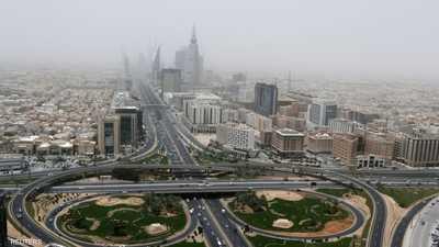 لتخفيف آثار كورونا.. السعودية تمدد تأشيرات وإقامات الوافدين