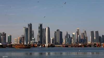 رهينة سابق يتهم بنكا قطريا بتمويل مستشفيات للإرهابيين