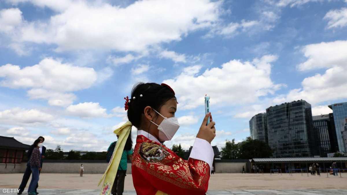كيف استفادت البشرية من التقدم التكنولوجي لتطويق وباء كورونا؟