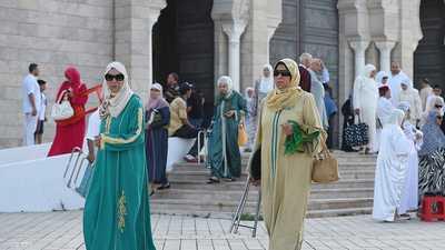 تونس تحدد موعد فتح المساجد والمطاعم ورفع كافة تدابير الحجر