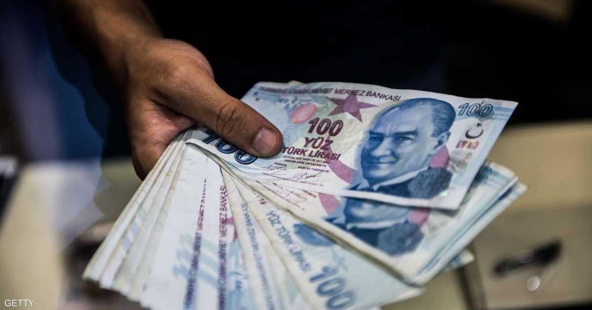 تركيا ترفع ضريبة النقد الأجنبي لاحتواء تداعيات كورونا