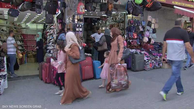 ارتياح بين المواطنين الفلسطينيين بعد عودة الحياة إلى طبيعتها