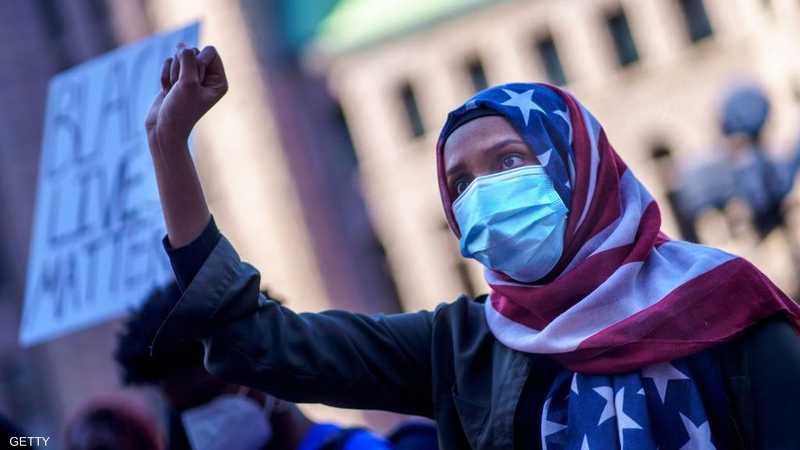 المظاهرات بدأت سلمية وانتهت بالعنف