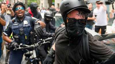 """بسبب المظاهرات.. ترامب سيصنف """"مجموعة يسارية"""" منظمة إرهابية"""