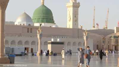 المسجد النبوي يفتح أبوابه أمام المصلين وفق ضوابط جديد
