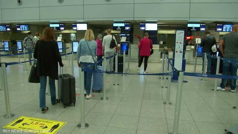 تخفيف قيود السفر والتنقل بين دول الاتحاد الأوروبي