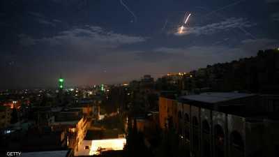 """إسرائيل تضرب أهدافا في سوريا ردا على """"عبوات الجولان"""""""