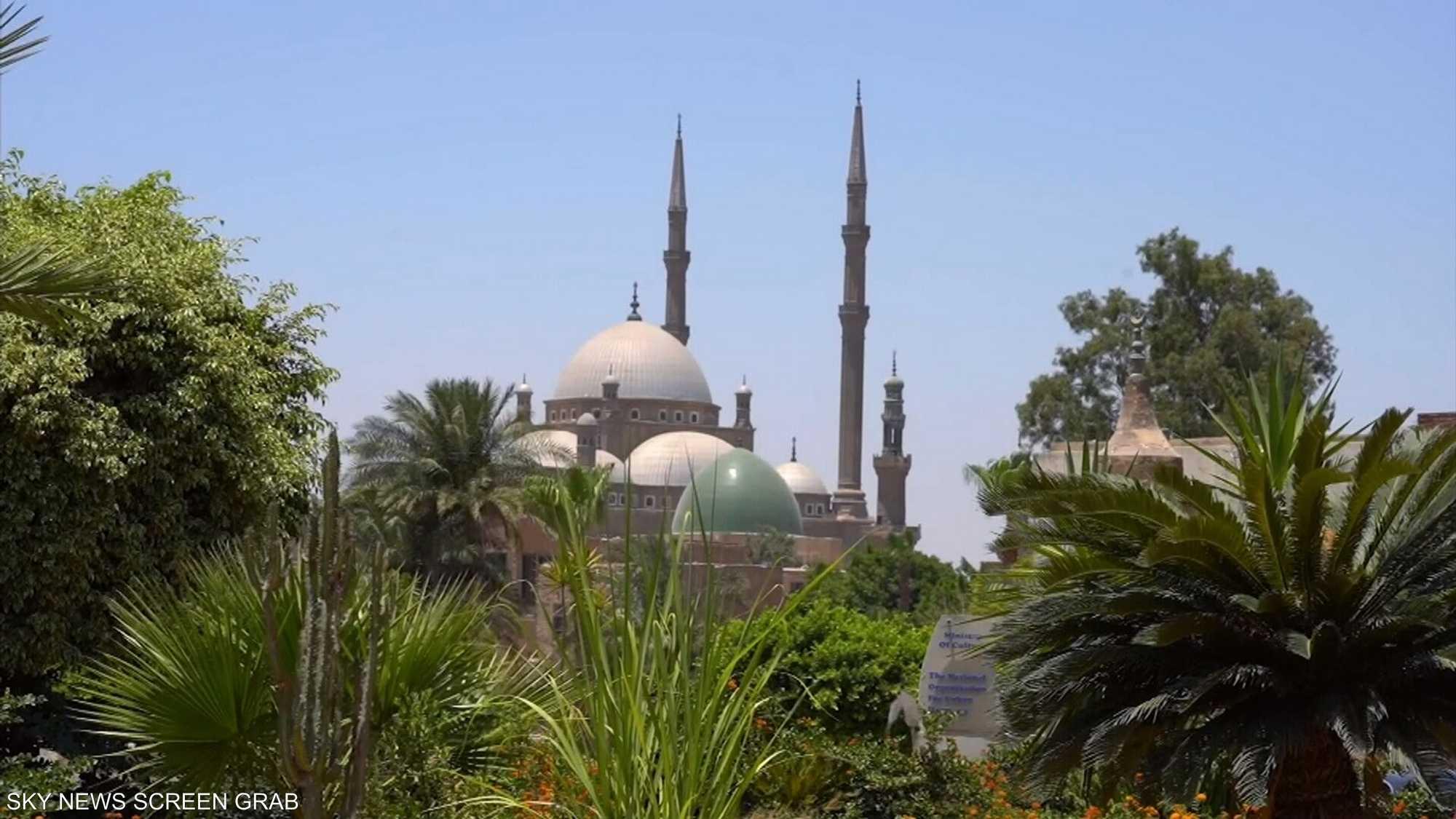 القاهرة تحتفي بعيدها القومي الـ1051