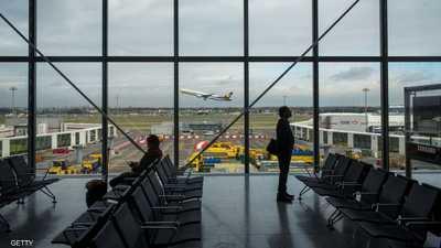 مأساة سائح.. 110 أيام في المطار بسبب كورونا