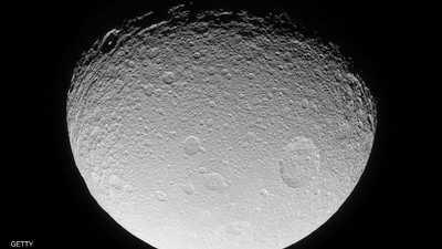 ما سر المادة الخضراء على القمر؟.. علماء يحلون اللغز