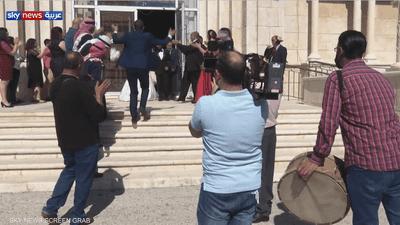 لم يوقف وباء كورونا الأردنيين عن الاحتفال وإقامة الأعراس
