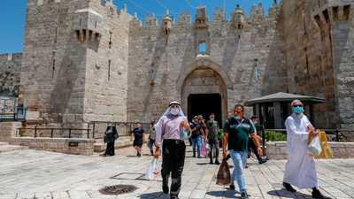 """فلسطين.. حظر تجول ليلي وإجراءات أخرى بسبب """"عدم الالتزام"""""""