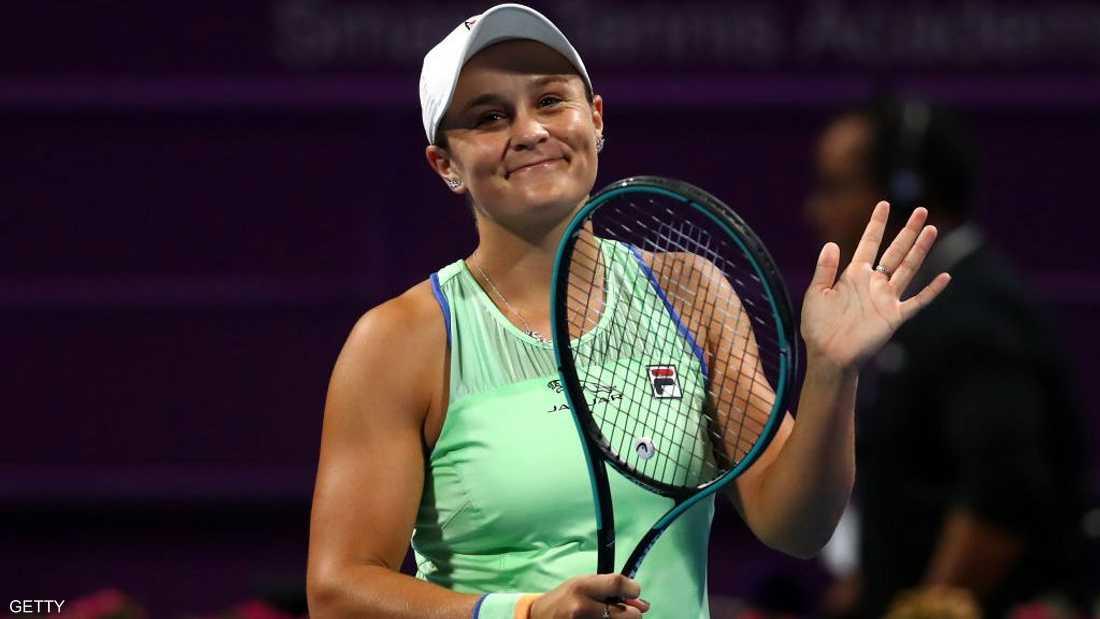 """لاعبة التنس الأولى عالميا تنسحب من بطولة بسبب """"شبح كورونا"""""""