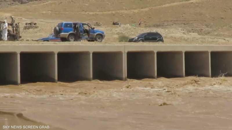 ارتفاع حصيلة ضحايا السيول في مأرب إلى 20 شخصا
