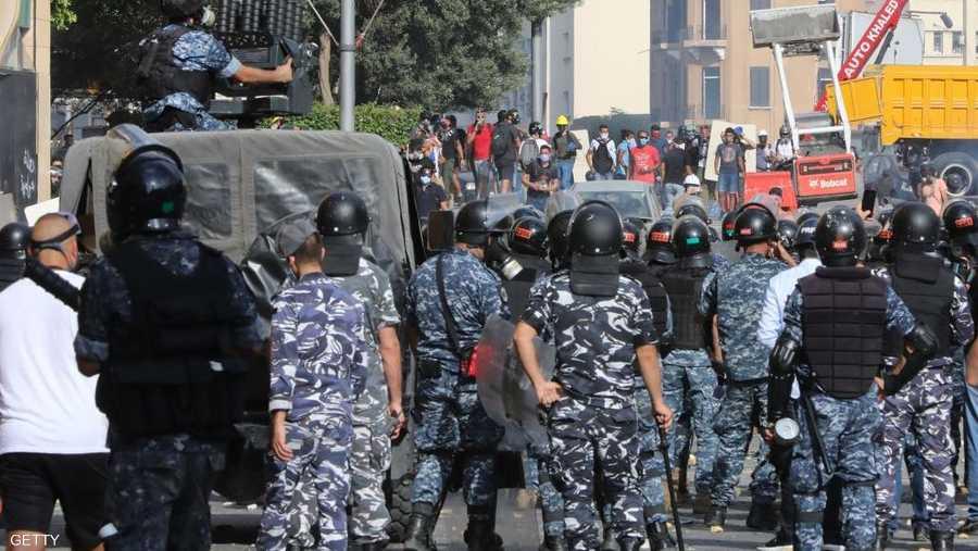 حذرت منظمات وهيئات حقوقية السلطات اللبنانية بضرورة احترام الحق في التظاهر السلمي وعدم استخدام العنف المفرط بحق المتظاهرين المطالبين بحقوقهم المشروعة.